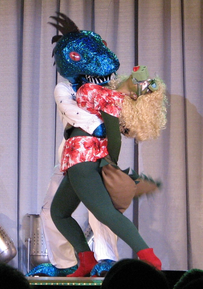 Conrad T Lizard and Croc A Dolly dance the fright fantastic at LA Con IV